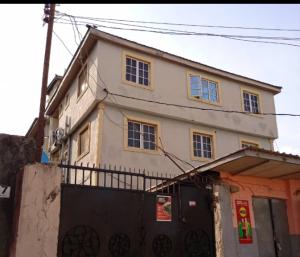 3 bedroom Blocks of Flats House for rent Gabagada Soluyi Gbagada Lagos