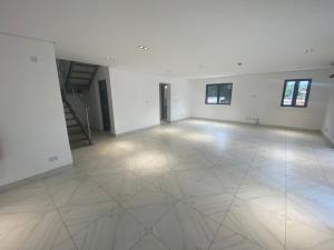 3 bedroom Massionette for rent Olu Hollow Old Ikoyi Ikoyi Lagos