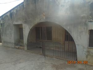 6 bedroom Self Contain Flat / Apartment for sale 14, Adeosun Street, Agbati/akanle/alakia Egbeda Oyo