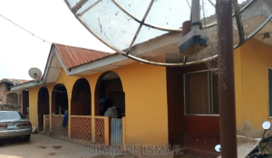 5 bedroom Blocks of Flats House for sale Ikoyi Quarters Ife Central Osun