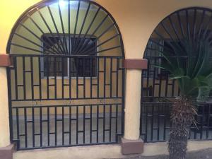 3 bedroom Flat / Apartment for sale Oluode Estate Behind Richbam Gas Station Akala Express Ibadan Oyo