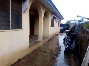 6 bedroom Blocks of Flats House for sale  along Wakajaye road iyalan church ibadan Ibadan Oyo