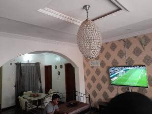 Detached Bungalow House for sale Ile tuntun alafara off idi ishin  Jericho road  Idishin Ibadan Oyo