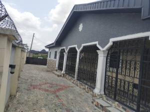 3 bedroom Detached Bungalow House for sale Warri Delta