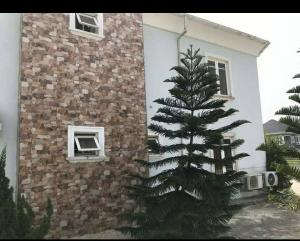 6 bedroom Detached Duplex House for sale Pearl Garden Estate, Sangotedo Ajah Lagos