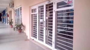 Shop Commercial Property for rent Along Etisalat Office GRA Enugu Enugu Enugu