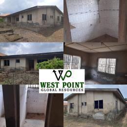 3 bedroom Semi Detached Bungalow House for sale Bolarinwa Street, iyana Agbala  Alakia Ibadan Oyo