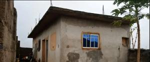 3 bedroom Flat / Apartment for sale No3 Nekede Old road, Owerri Owerri Imo
