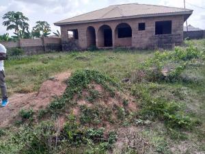 4 bedroom Detached Bungalow House for sale Akala ore Ife estate elebu off akala express  Akala Express Ibadan Oyo