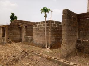 2 bedroom Blocks of Flats House for sale Logudu Apata Ibadan Oyo
