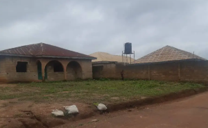 3 bedroom Flat / Apartment for sale Agunbelewo Area Osogbo Osun