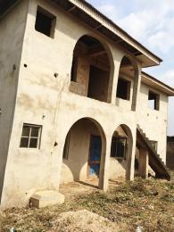 3 bedroom Blocks of Flats House for sale Fatusi Olomi Ibadan Oyo
