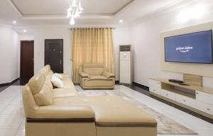 3 bedroom Flat / Apartment for shortlet 1 Ajesa Street, Wuse Ii Wuse 2 Abuja