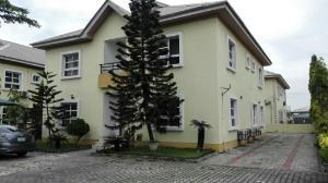 5 bedroom House for sale Friends Colony Estate chevron Lekki Lagos