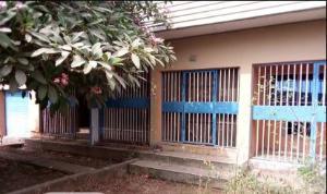 6 bedroom Detached Bungalow House for sale ddress behind amusu house housing estate ibara Obafemi Owode Ogun