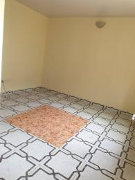 2 bedroom House for rent Off Adekunle kuye  Adelabu Surulere Lagos