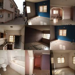 3 bedroom Blocks of Flats House for rent Orisunbare Alimosho Lagos