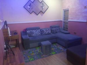 2 bedroom House for rent s Mafoluku Oshodi Lagos
