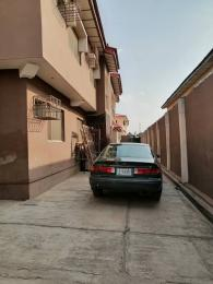 3 bedroom Blocks of Flats House for rent towards express from bodija to agbowo area ibadan.  Bodija Ibadan Oyo