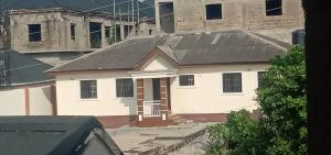 3 bedroom Flat / Apartment for rent w Baruwa Ipaja Lagos