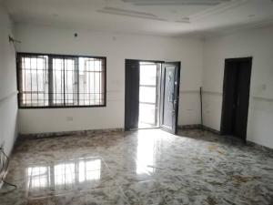 3 bedroom Blocks of Flats House for rent Mobil rd Ilaje Ajah Lagos