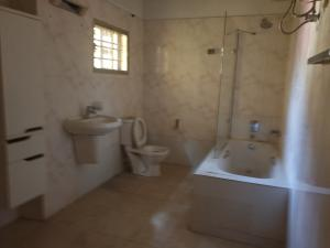 4 bedroom House for sale OFF ADMIRALTY ROAD Lekki Phase 1 Lekki Lagos