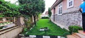 3 bedroom Detached Bungalow House for rent Peace court estate close to ebeano Lokogoma Abuja