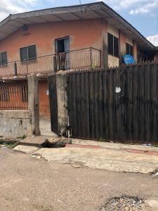 10 bedroom House for sale Gbadamosi Avenue, Abayomi Iwo Rd Ibadan Oyo