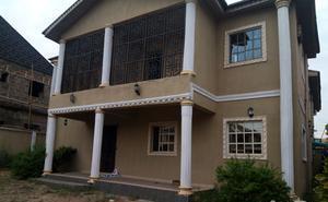 6 bedroom Detached Duplex House for sale Coker Estate Shasha Alimosho Lagos