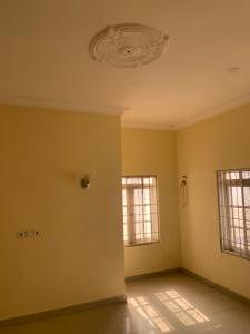 5 bedroom Detached Duplex House for rent Mab global estate Karsana Abuja