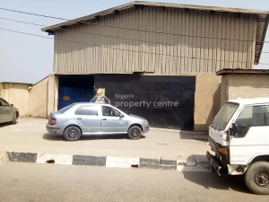 Warehouse Commercial Property for sale OWORONSHOKI Shomolu Shomolu Lagos