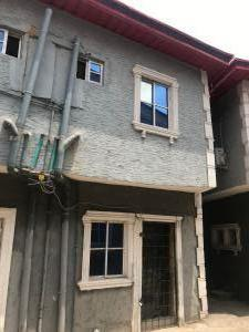 Self Contain Flat / Apartment for rent Somolu Bariga off ilaje busstop on a tiled road and accessible to the Busstop in a gated compound. Bariga Shomolu Lagos