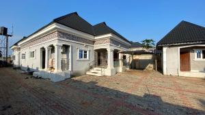 4 bedroom Detached Bungalow House for sale Ekenwan Barrack, Benin Oredo Oredo Edo