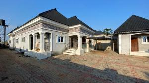 4 bedroom Semi Detached Bungalow House for sale Ekenwan barrack, Oredo Oredo Edo
