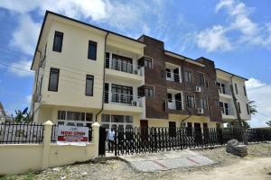 2 bedroom Mini flat for shortlet Abraham adesanya estate Ajah Lagos