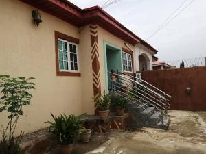 2 bedroom Semi Detached Bungalow House for sale 49road, Phase2 Trademoore estate Lugbe Lugbe Abuja