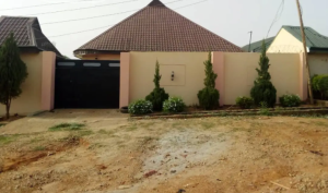 3 bedroom Detached Bungalow for sale Barnawa, Phase 1, Chikun Kaduna