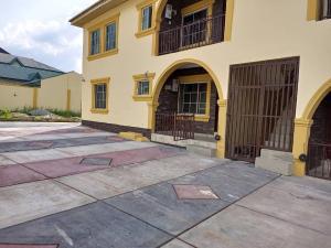 3 bedroom Blocks of Flats for rent Akoto Estate, Elebu Ibadan Oyo