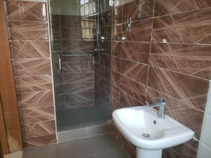 4 bedroom Flat / Apartment for rent Babatunde anjouse Lekki Phase 1 Lekki Lagos