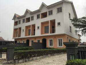 4 bedroom House for rent carlton gate estate chevron Lekki Lagos