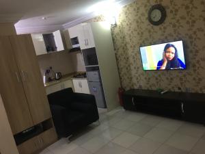 1 bedroom mini flat  Studio Apartment Flat / Apartment for shortlet Basheer shittu Avenue  Magodo GRA Phase 2 Kosofe/Ikosi Lagos