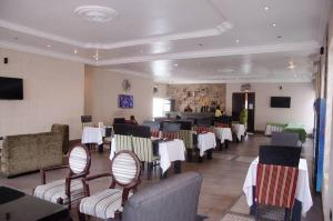 10 bedroom Hotel/Guest House Commercial Property for sale GRA, Ikeja Ikeja Lagos