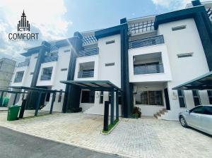 4 bedroom Terraced Duplex for sale Jabi Jabi Abuja