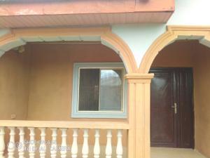 2 bedroom Flat / Apartment for rent Modupe Adeoye str Igbogbo Ikorodu Lagos