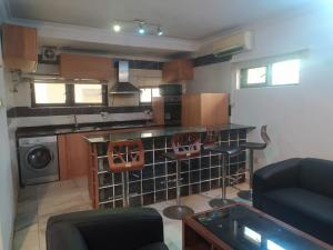 2 bedroom Blocks of Flats House for rent Shonibare Estate Ikeja Maryland Lagos  Ikeja Lagos