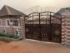3 bedroom Terraced Bungalow House for sale Radio off itamaga road  Ikorodu Lagos