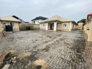4 bedroom Detached Bungalow House for rent IFEDAPO ESTATE , ABUJA JUNCTION Ibeshe Ikorodu Lagos