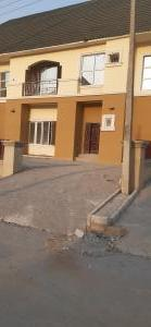 3 bedroom Penthouse Flat / Apartment for rent Lugbe Abuja