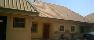6 bedroom Semi Detached Bungalow House for sale . Jukwoyi Abuja