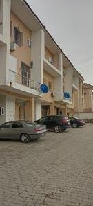 4 bedroom Terraced Duplex for rent Close To Obi Cubana House Guzape Abuja